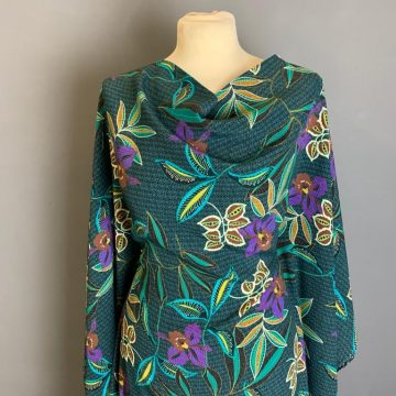 Last Chance To Buy 2.40m of  Crepe Rayon Italian Sampling for £7.20