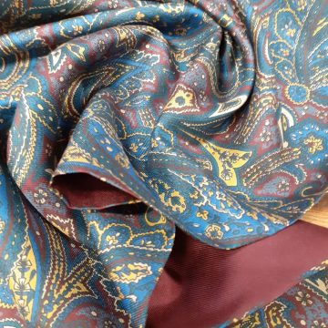 Last Chance To Buy A Pure Silk Italian Scarf for £20