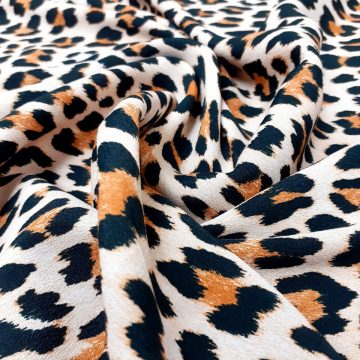 Last Chance To Buy 3.25m of Animal Sample Rayon for £16
