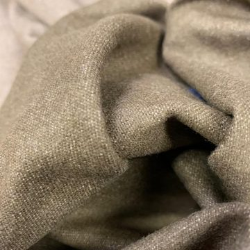 LAST CHANCE TO BUY 1.9mt for £12 Khaki Wool