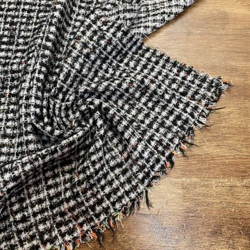 Italian Wool Mix Tweed With Hints of Colour