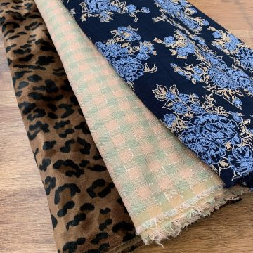 LAST CHANCE TO BUY 3 Mixed Fabrics for £25 Bundle 28