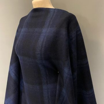 Last Chance To Buy 3.40m Italian Check Knit For £35