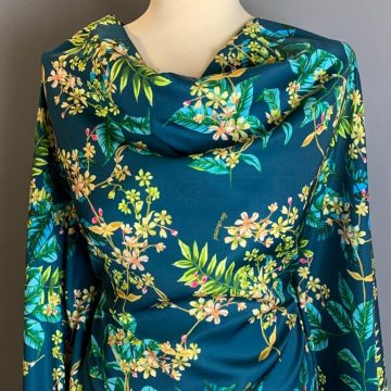 Last Chance To Buy 4.50m of an Italian Polyester for £13.50