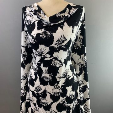 Black and White Flower Jersey